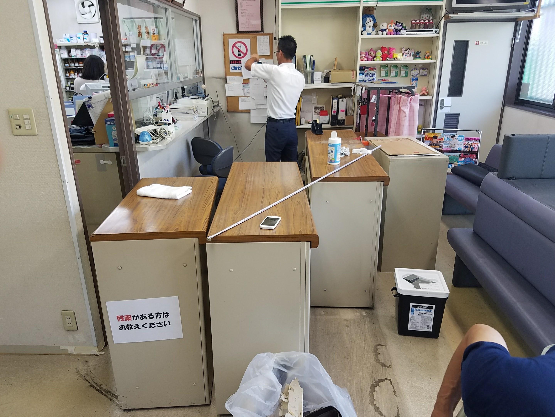 東大阪市 某薬局様床改修工事